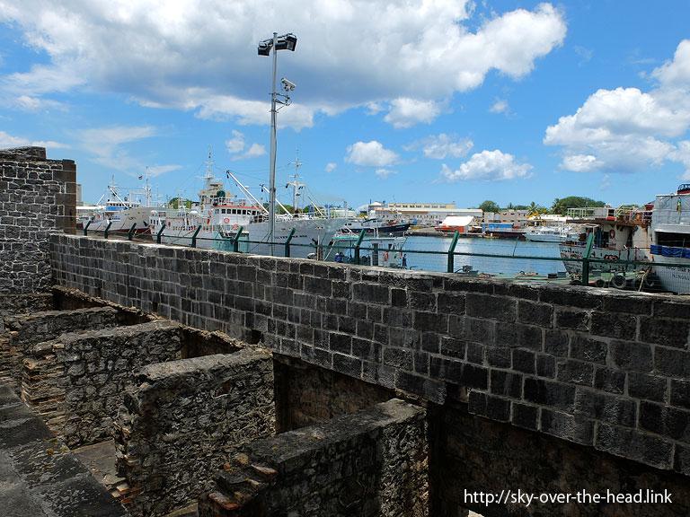 ポートルイス港(モーリシャス)/Port Louis Port (Mauritius)
