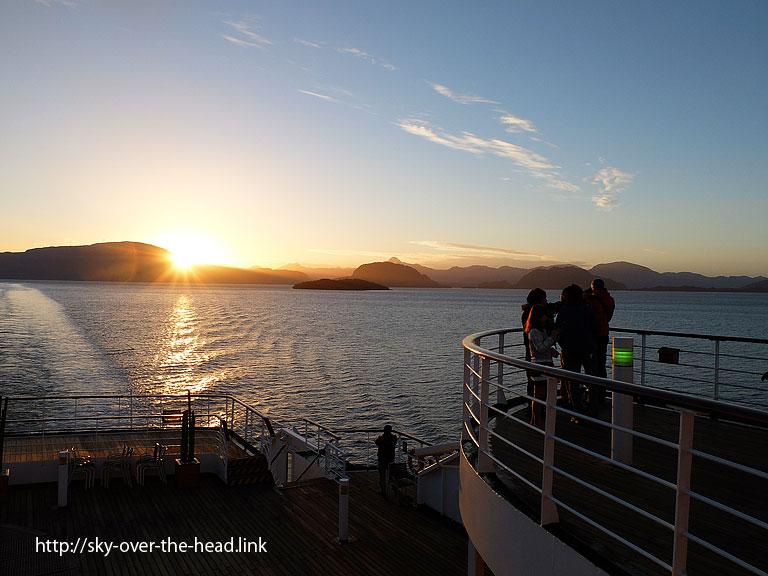 フィヨルド遊覧(南アメリカ最南端付近)/Fjord sightseeing(Near South America's southernmost)