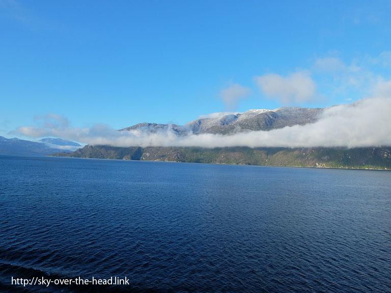 フィヨルド遊覧02(南アメリカ最南端付近)/Fjord sightseeing02(Near South America's southernmost)