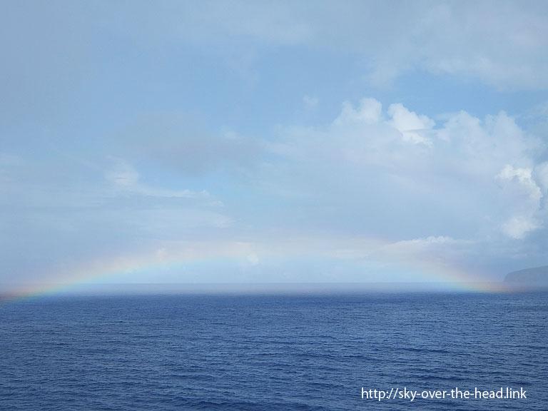 虹|ラパ・ヌイ島沿岸(チリ)/Rapa Nui Island coast (Chile)