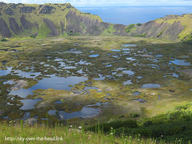 ラノ・カウの火口湖|ラパ・ヌイ島(チリ)/Rapa Nui Island (Chile)