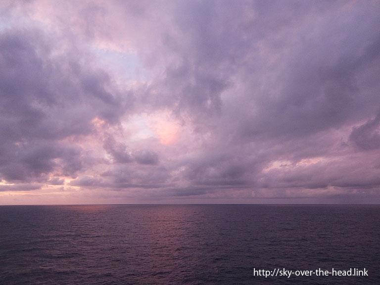 桃色に染まる空|南太平洋/South Pacific