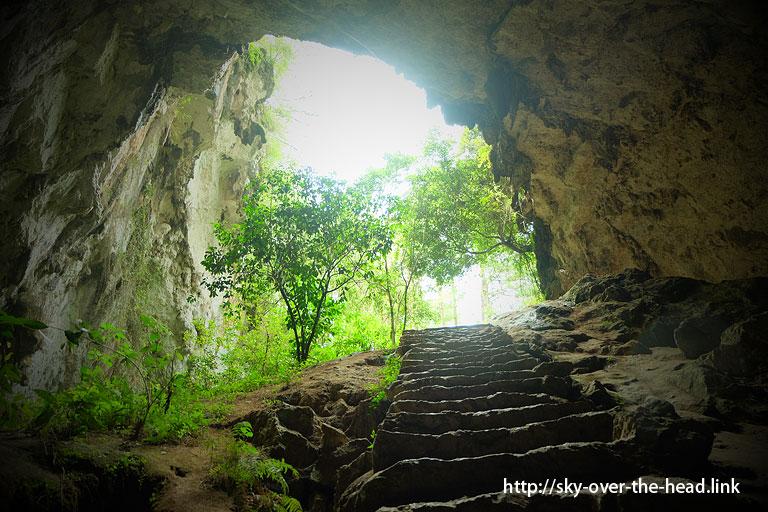 スマンギン洞窟/Sumangin cave