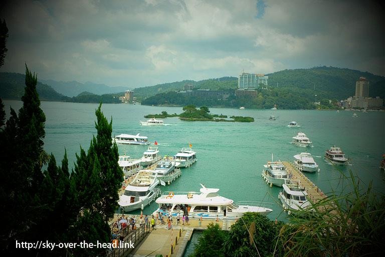 玄光寺の船着き場@日月潭を半周サイクリング(台湾)/Half the Sun Moon Lake cycling (Taiwan)