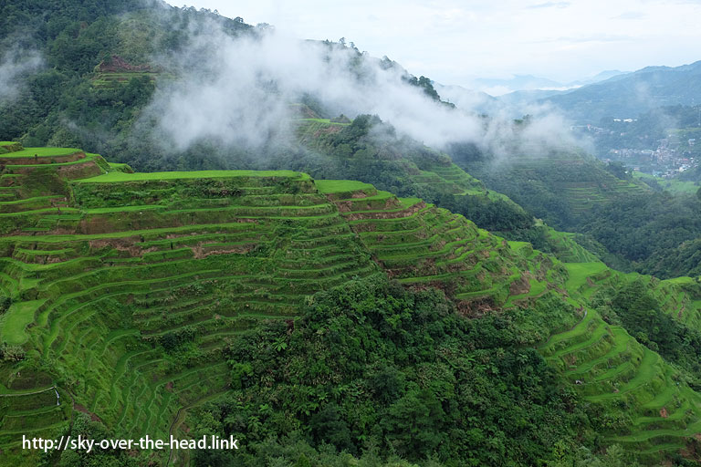 http:バナウェの棚田(ライステラスビューポイント)/Banaue view point(Philippines)//sky-over-the-head.link
