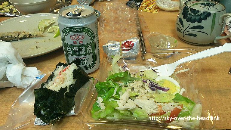 台湾のセブンイレブン購入したコンビニご飯