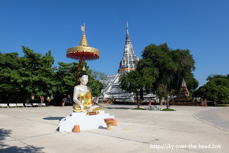 """<img src=""""https://sky-over-the-head.link/wp-content/uploads/2016/01/160108_3903.jpg"""" alt=""""ワット プー カオ トーン(タイ)/Wat Phu Khao Thong(Thailand)"""" width=""""768"""" height=""""512"""" class=""""alignnone size-full wp-image-1278"""" />"""