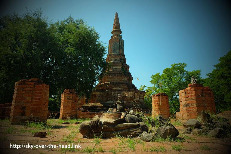 WUT UBOSOT(アユタヤ/タイ)/ WUT UBOSOT(Ayutthaya/Thailand)