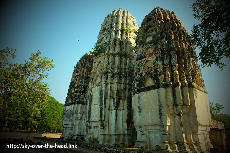 ワット・シー・サワイ(タイ/スコータイ)/Wat Sri Sawai ( Thailand / Sukhothai )