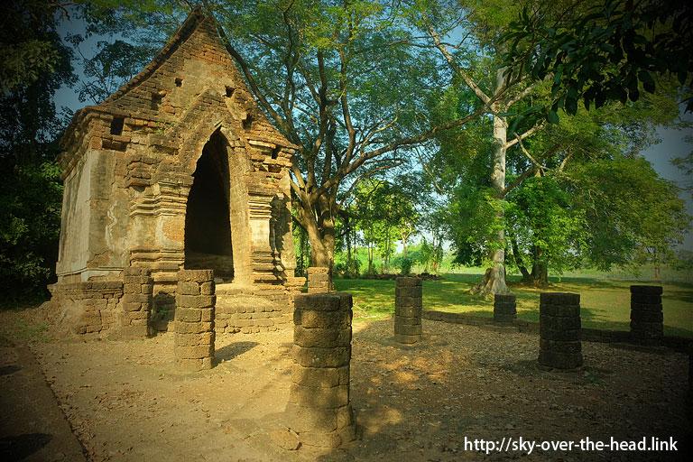 シーサッチャナライ歴史公園(スコータイ/タイ)/Si Satchanalai Historical Park(Sukhothai / Thailand)