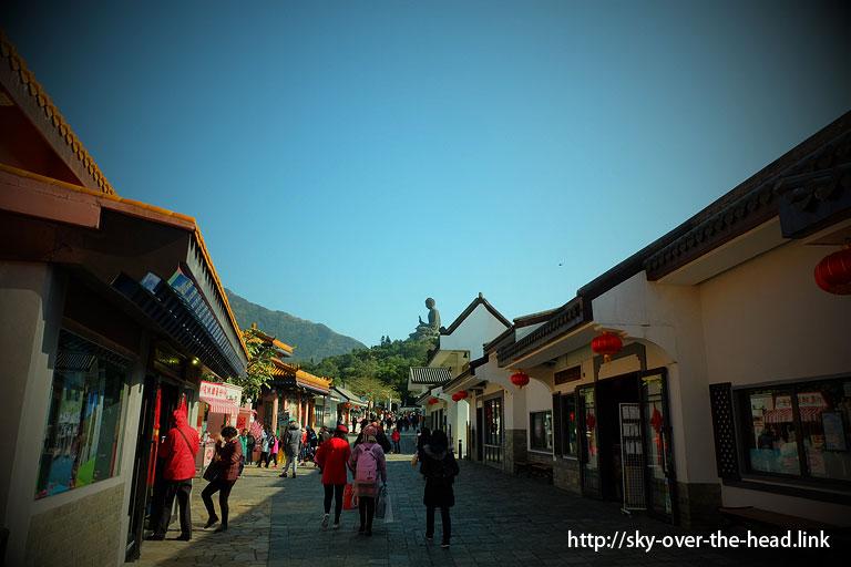ゴンピンビレッジ(Ngong Ping Village/昂坪市集)