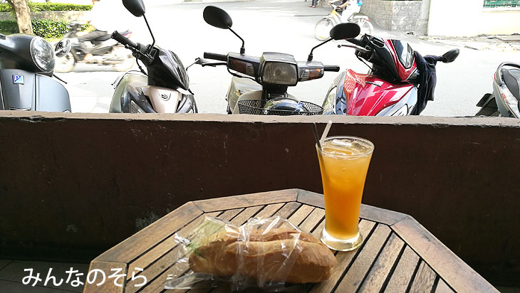 バインミー@ホーチミン空港近くのカフェ@べトナムのグルメ【ホーチミン編】10食