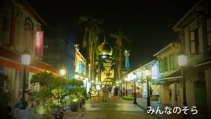 夜に再訪問!灯りを点したサルタン・モスクが壮麗