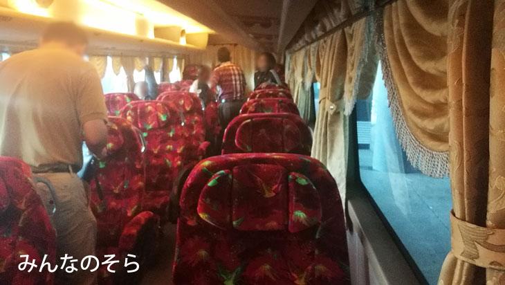 クアラルンプール空港からマラッカへバスでアクセス「Starmart Express」