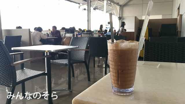 ペナン空港の「Old Town White Coffee」でホワイトコーヒーを